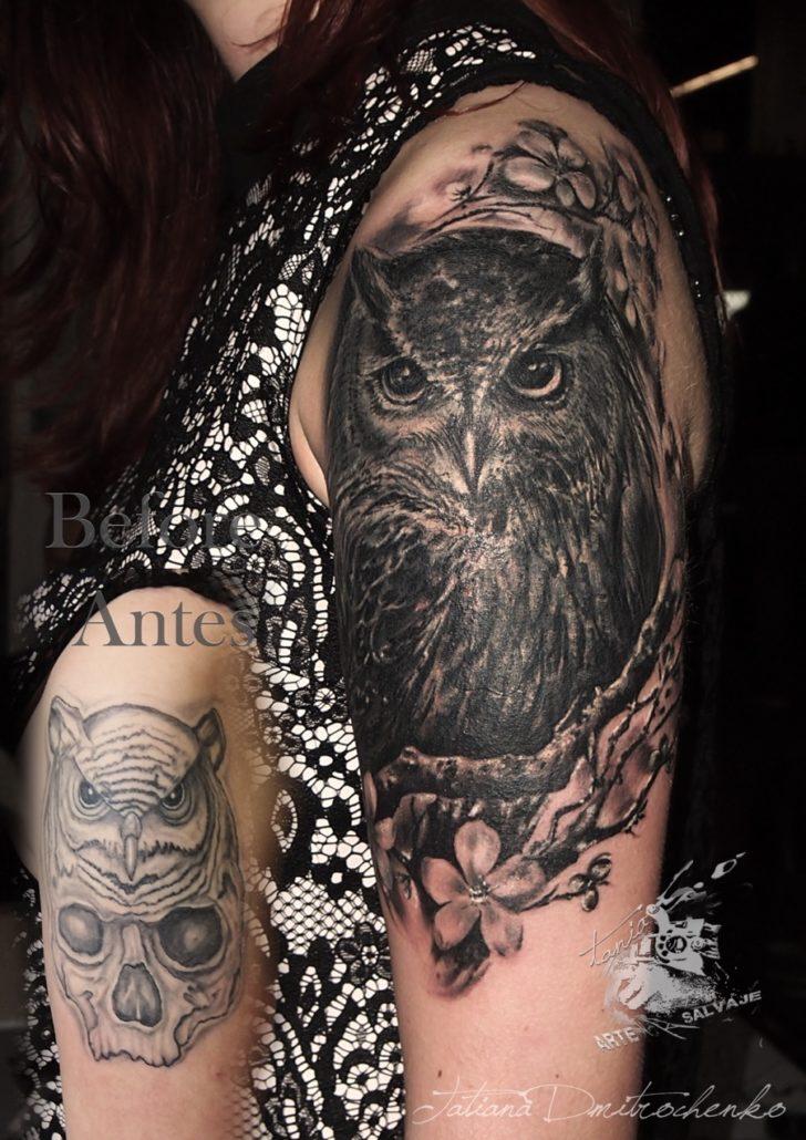 tatuaje cover up de buho con ramas de arbol bosque valencia