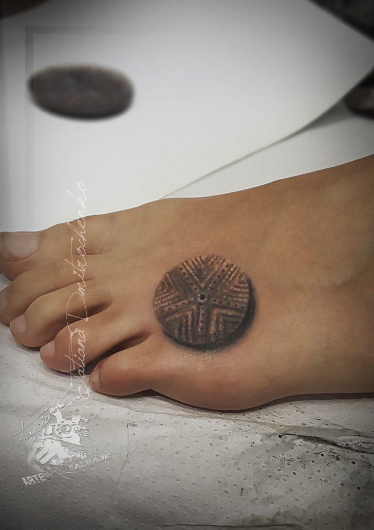 tatuajes pequeños de simbolos realistas 3d valencia