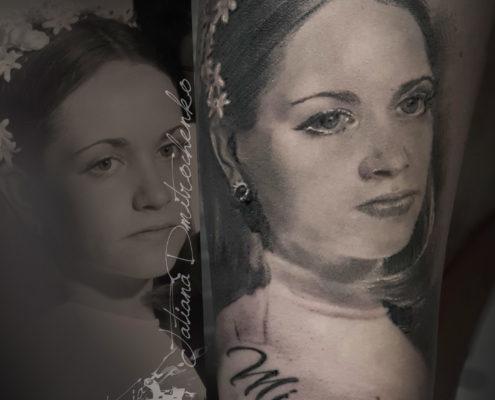 tatuaje realista de retrato novia valencia blanco y negro