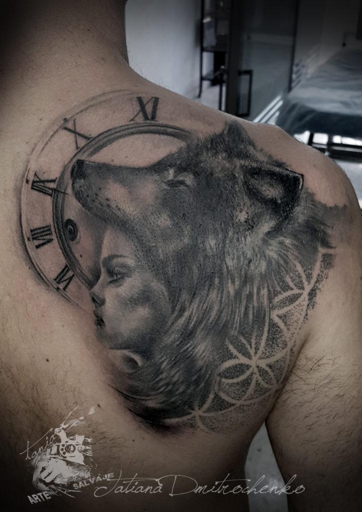tattoo woman wolfdress cover up coverup valencia tatuaje realista