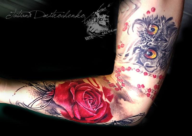 Tatuaje Brazo de Rosa Mujer