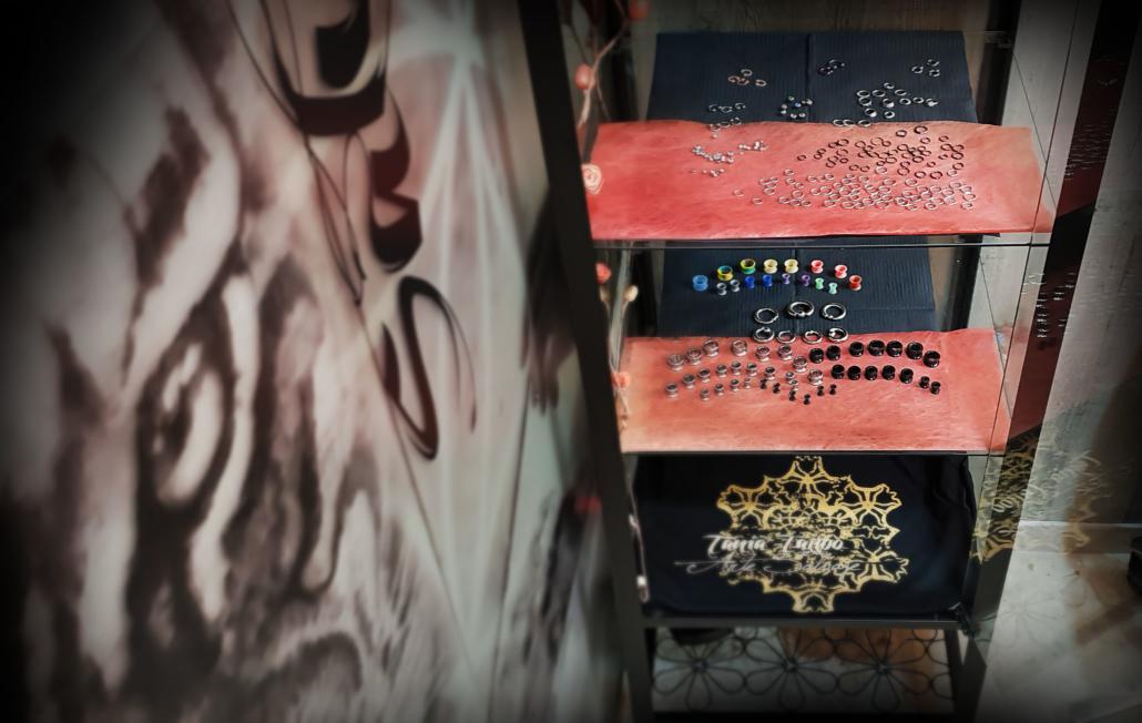 tienda piercing joyas valencia venta cristales swarovski (3)