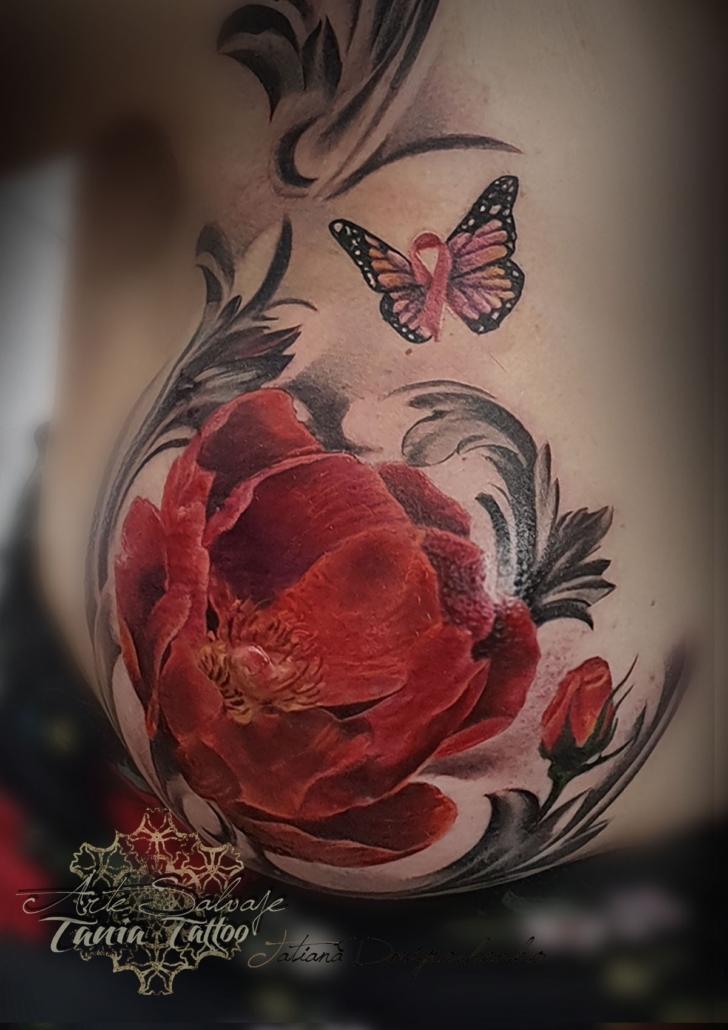 tatuaje cancer de mama reconstruccion flor pecho cover up en valencia