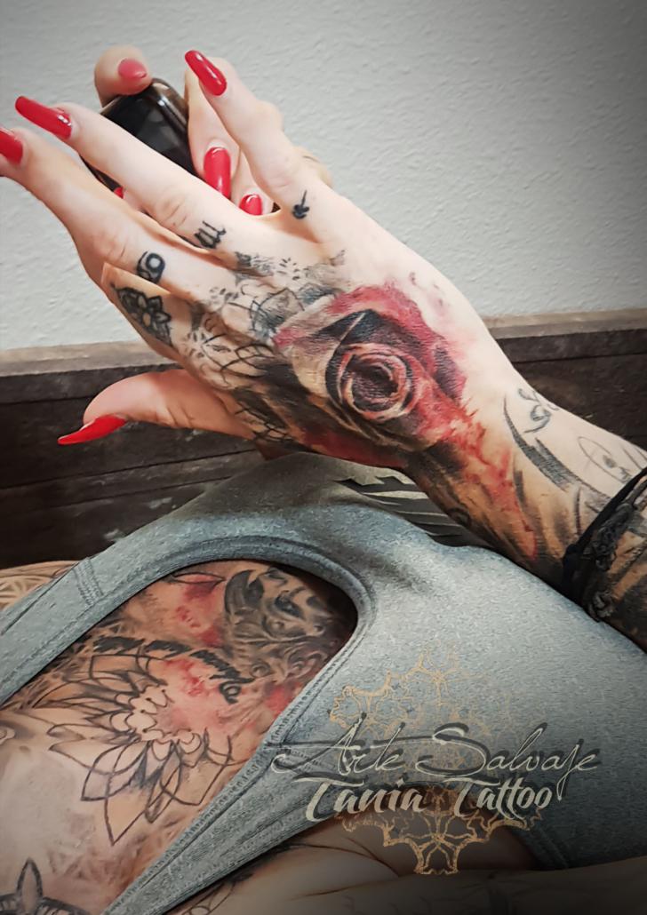 tatuaje trash polca clientes tatuados valencia