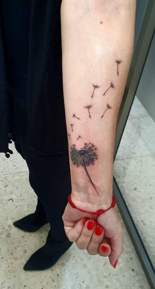 Tatuaje Pequeño Diente de Leon