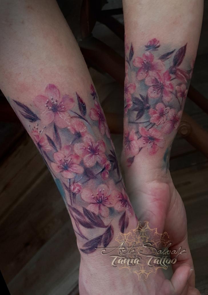 tattoo tatuaje flores de cerezo brazalete femenino a color realismo 3d oana 2020