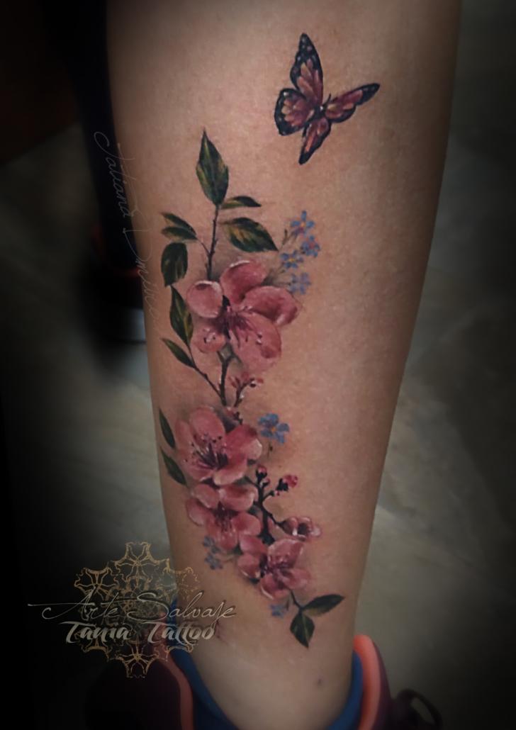 tattoo tatuaje flores de cerezo y mariposa 2020 fani
